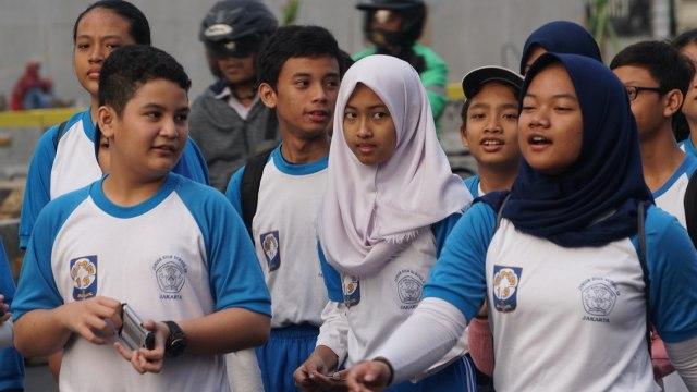 Jalan Sehat Semarak Asian Games di Kemendikbud