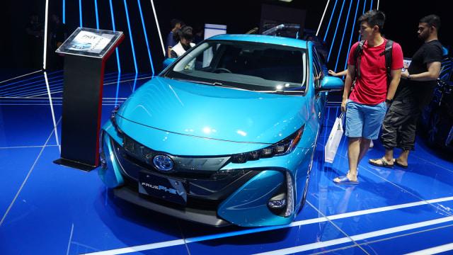 Mobil Toyota Prius PHEV, GIIAS 2018, Otomotif