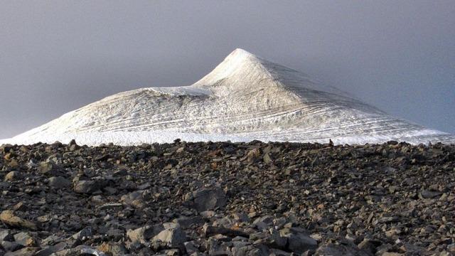 Akibat Gelombang Panas, Puncak Gunung Tertinggi di Swedia Mencair (332118)