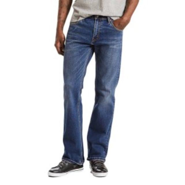 Mengenal 4 Potongan Celana Jeans Bersama Levi's (143522)
