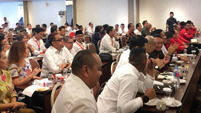 Riuh Perang Jubir Jokowi vs Prabowo (30207)