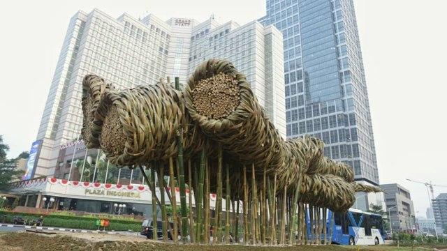 Akankah Nasib Prasasti Sepeda di Jakarta Seperti Getih Getah dan Batu Gabion? (4009)