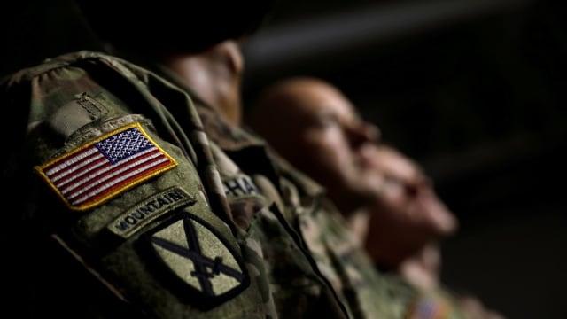 Presiden Amerika Serikat, Donald Trump, Tentara Amerika Serika