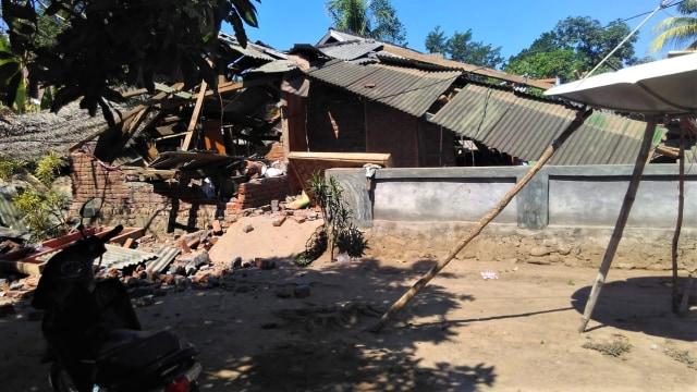 Gempa 7,0 Magnitudo, Wisatawan Asing di Bali Berlarian Keluar Gedung (80403)