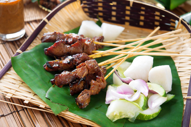 7 Makanan Indonesia yang Disukai Turis Mancanegara (3)