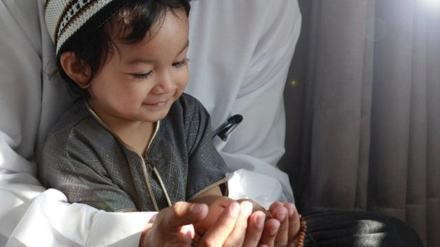 Parenting Islami: Kisah 4 Nabi dalam Mendidik Anak yang Terkandung di Al-Quran (193964)