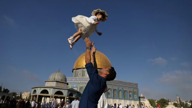 Begini Cara Jelaskan Makna Idul Adha pada Anak (12876)