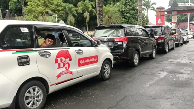 Sepak Terjang Bravo-5 Galang Suara Jokowi: dari Ulama hingga Pengusaha (361484)
