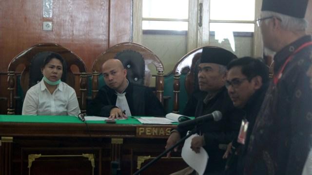 Terdakwa kasus dugaan penistaan agama Meliana, Pengadilan Negeri Medan, Sumatera Utara