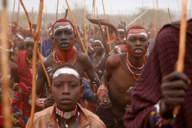 Tradisi Minum Darah, Cara Suku Maasai Dapat Kekuatan Taklukkan Raja Hutan (215944)
