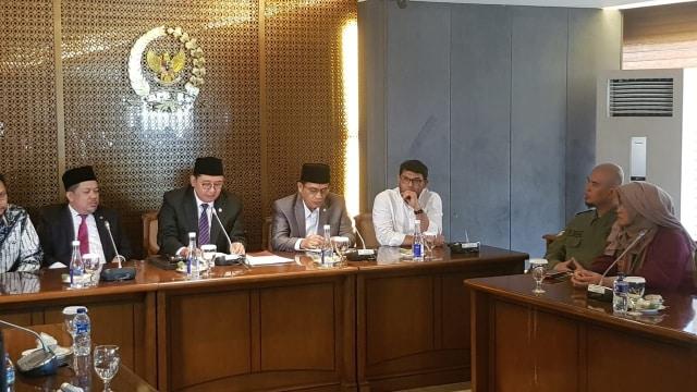 Neno-Ahmad Dhani Adukan Larangan Aksi Ganti Presiden ke Fadli-Fahri (52717)