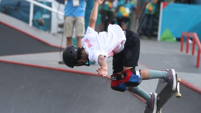 4 Tips Belajar Skateboard untuk Pemula dari Pevi Permana Putra (714029)