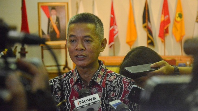 FOTO KHUSUS LIPSUS,  Komisioner KPU RI, Wahyu Setiawan di Gedung KPU RI, Jakarta