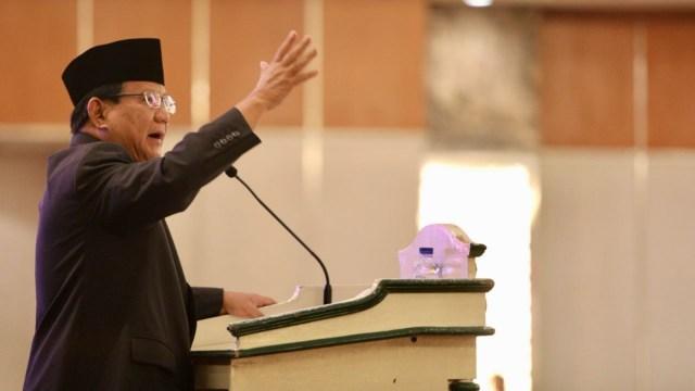 Prabowo Subianto di acara Seminar Nasional Paradoks Indonesia di Hotel Sahid