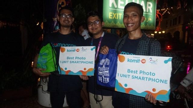 Para pemenang lomba foto di Dufan