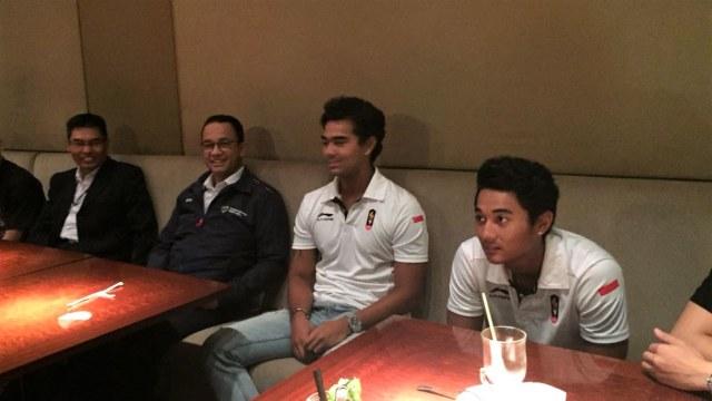 Anies Nobar Wiro Sableng Bareng Atlet DKI Peraih Medali Asian Games (88070)