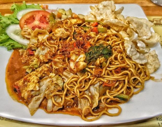 ab3mrcpoeg6l1hlfggqz - 5 Makanan Khas Indonesia yang Terkenal di Dunia