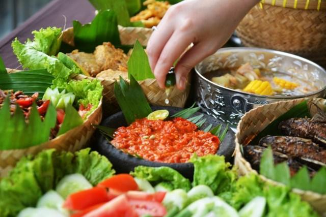 5 Rekomendasi Rumah Makan Sunda Di Jakarta Yang Sambalnya Mantap