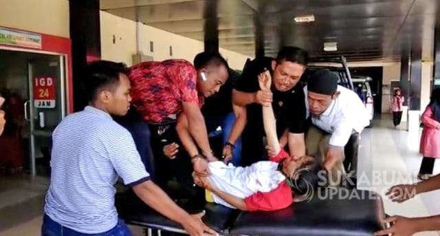 Bus Masuk Jurang di Cikidang Sukabumi, 9 Orang Tewas (34524)