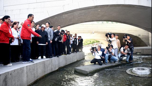 Jadi Warga Kehormatan Seoul, Jokowi Ingin Dapat Resep Cheonggyechoen (484536)