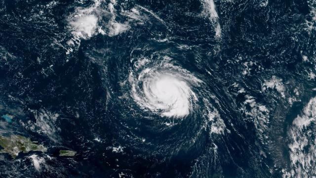 Badai Florence terlihat di atas Samudera Atlantik