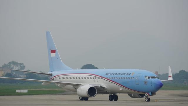 Ngabalin Tepis Warna Pesawat Kepresidenan terkait Parpol: Itu Merah Putih (319226)