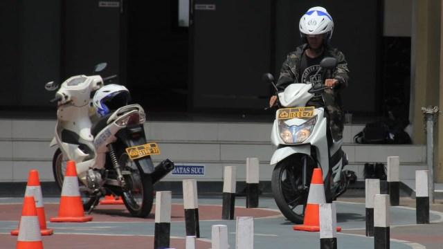 Polisi Siapkan SIM Motor C1 dan C2, Apa Bedanya dengan SIM C Biasa? (8427)