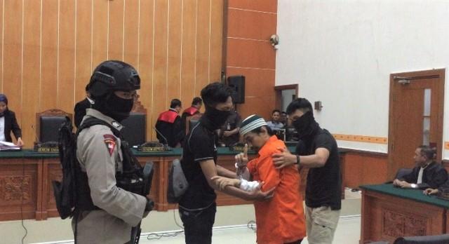 Wawan Kurniawan, Dalang Penyerangan Polda Riau, Divonis 11 Tahun (108182)