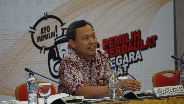 Anggota KPU Pusat Pramono Ubaid Tanthowi, KPU Pusat