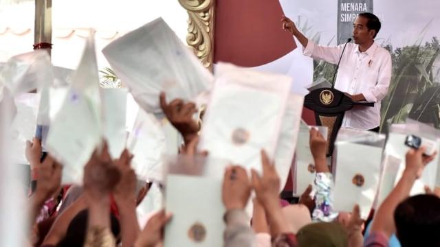 Teten Masduki: Mantan Aktivis di Istana itu Minoritas (257056)