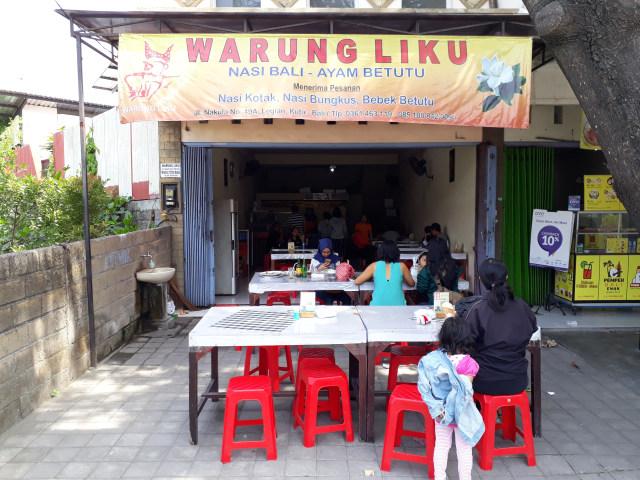 Suasana Warung Liku Bali
