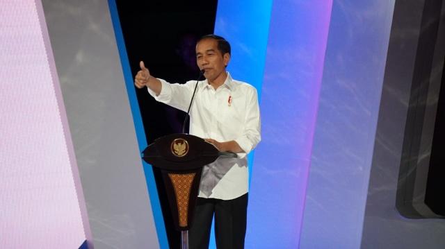 Jokowi Puji Serangan Udara Perindo Hadapi Pemilu 2019 (35175)