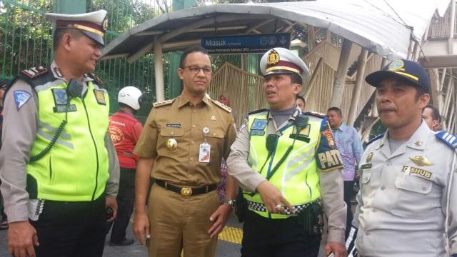 Kunjungan Gubernur DKI Jakarta di Stasiun Palmerah