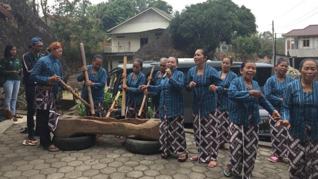 Paguyuban Gejog Lesung, Desa Nglanggeran, Opening Ceremony Conservacation