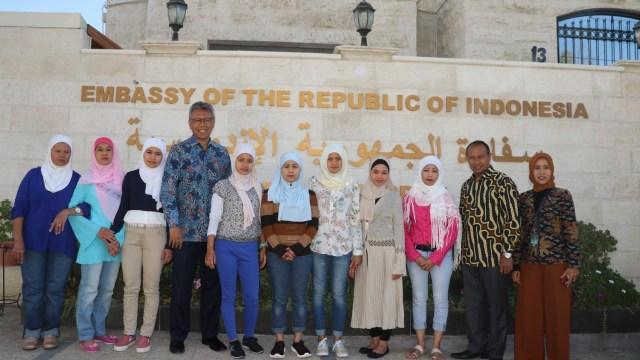 14 Tahun Hilang Kontak, TKW Indonesia di Yordania Ditemukan (327765)
