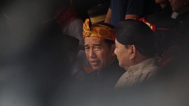 LSI Denny JA: Usai Reuni 212 Elektabilitas Jokowi Naik, Prabowo Turun (189775)