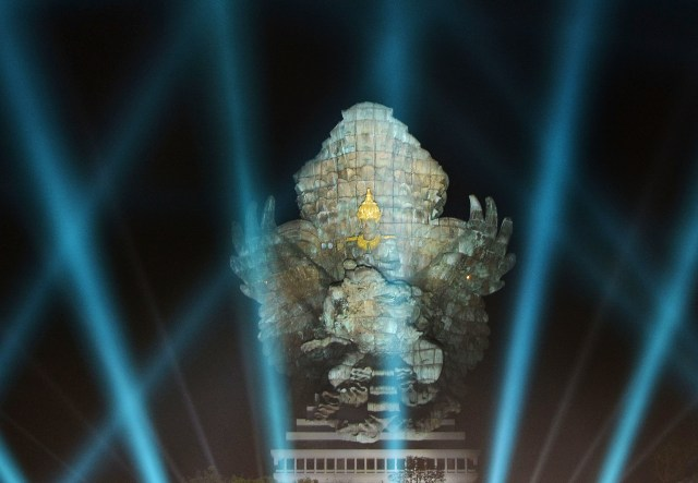 Peresmian Garuda Wisnu Kencana oleh Joko Widodo