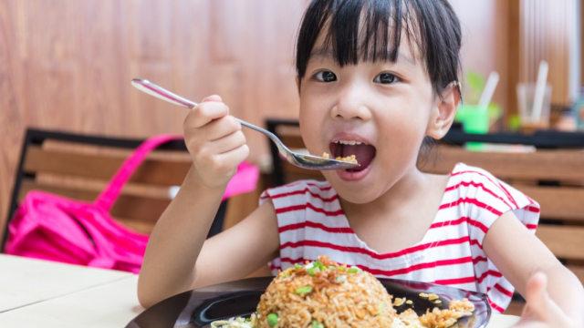 Porsi Makan Ideal buat Anak Usia Sekolah (579188)