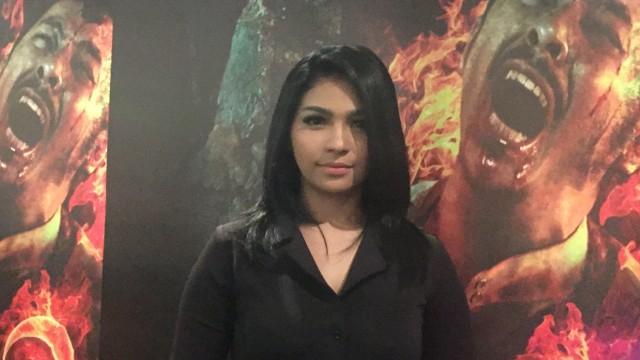 Weni Panca, pemeran film 'Munafik 2' ditemui di Grand Indonesia, Jakarta Pusat, Rabu (26/9).