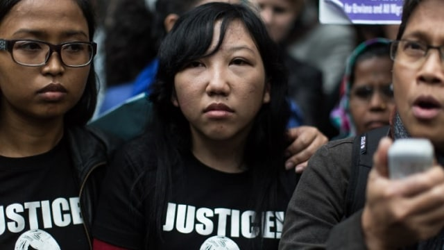 Erwiana, Dari TKI Korban Penyiksaan Menuju Sarjana Ekonomi (344831)