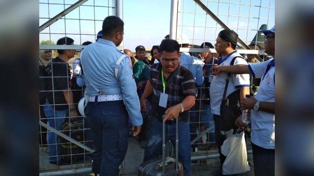 Pengungsi Palu tiba di Makassar