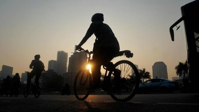Untuk Warga Jakarta: Yang Biasa Gowes di Akhir Pekan, di Rumah Dulu Ya (9562)