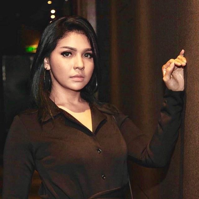 Weni Panca pemeran Nina Amanah Wali