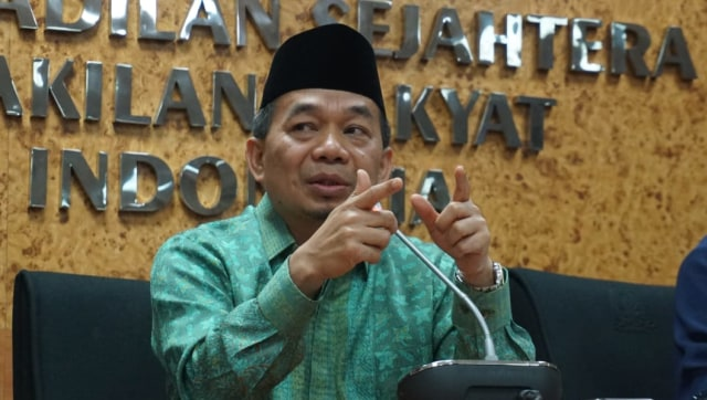 Ketua Fraksi Partai PKS Jazuli Juwaini