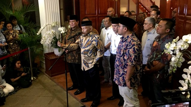 Konferensi pers Amien Rais bersama Prabowo Subianto, kasus Ratna Sarumpaet