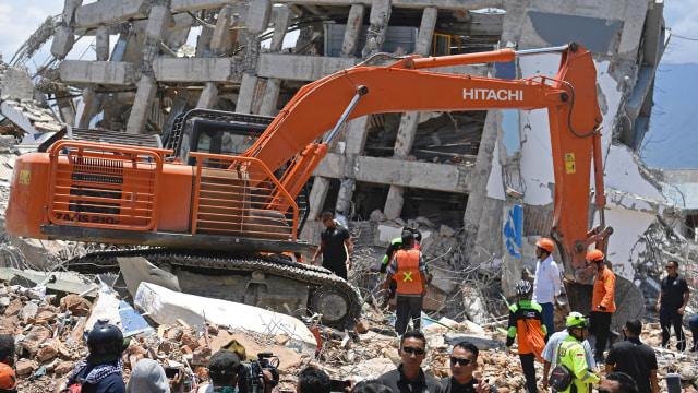 Presiden Jokowi tinjau evakuasi korban gempa Palu