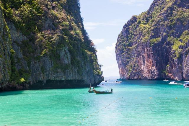 Indahnya Maya Bay di Thailand