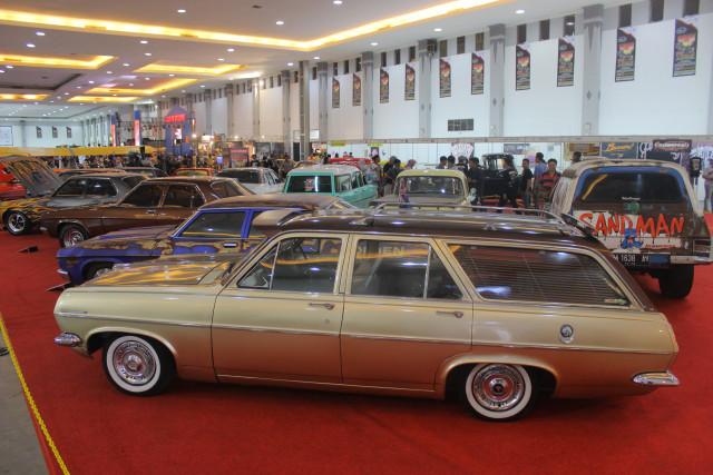 Kustomfest 2018 Hadirkan Bergam Mobil Modifikasi