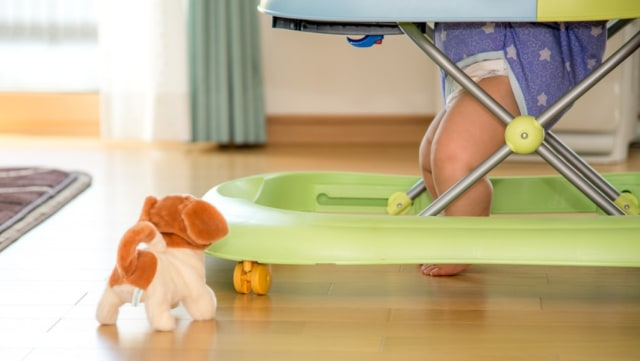 Ilustrasi baby walker