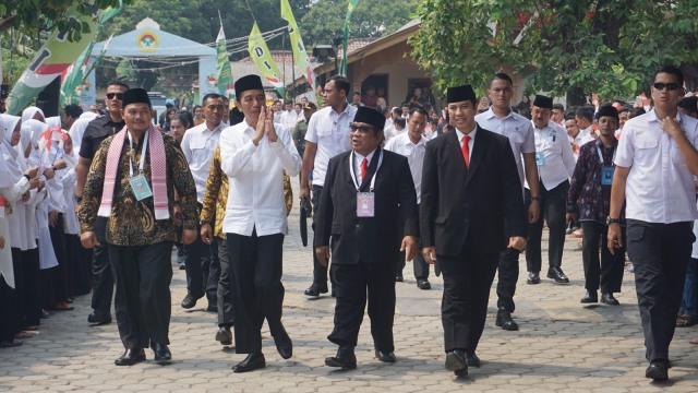 Beda Jokowi dan Prabowo saat di Rakernas LDII  (158066)
